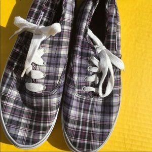 Airwalk Plaid Shoes